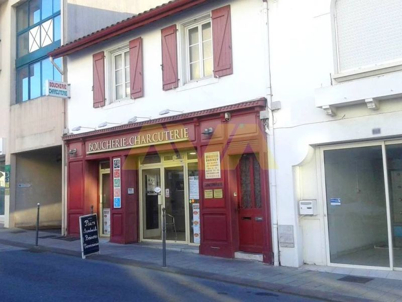 Vente local commercial Bayonne 365000€ - Photo 2