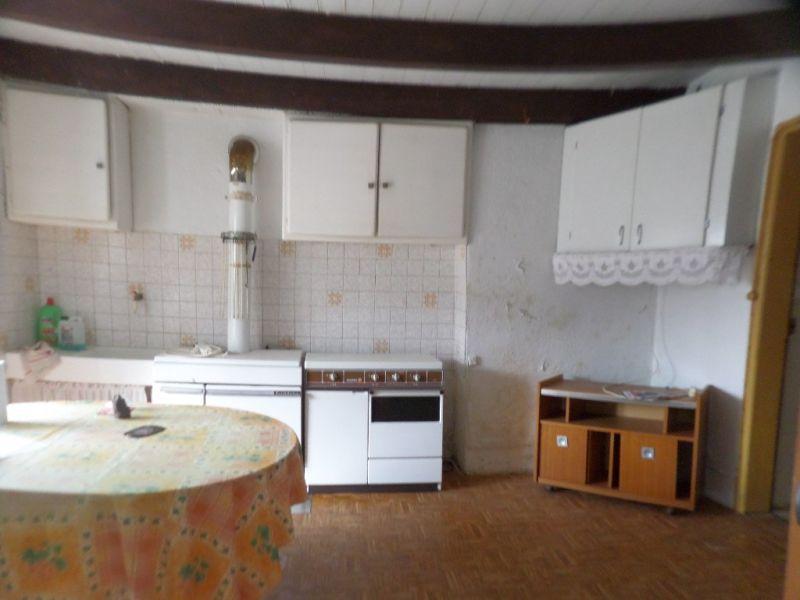 Sale house / villa Presailles 64800€ - Picture 10