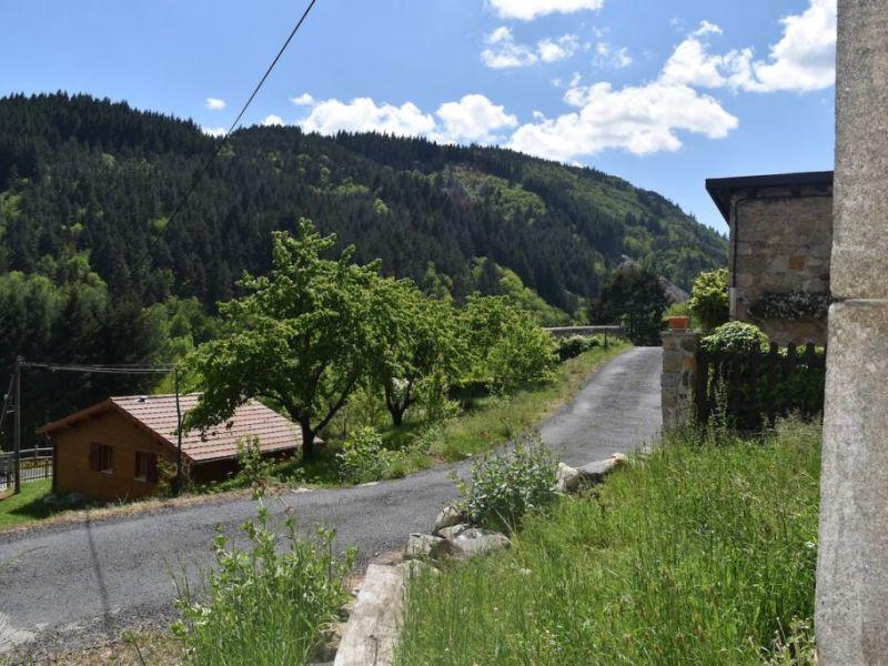 Sale house / villa Lachapelle sous chaneac 82000€ - Picture 2