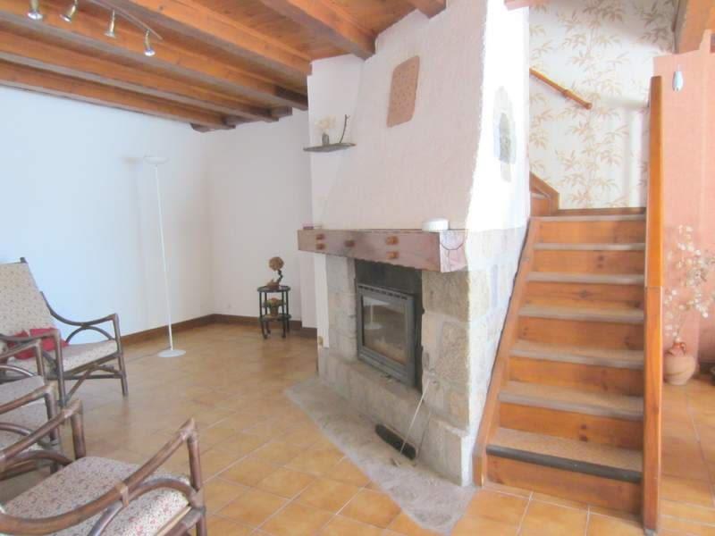 Sale house / villa St agreve 86000€ - Picture 2