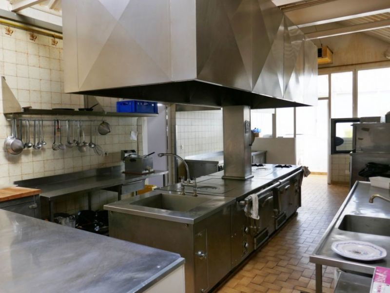 Vente local commercial Blavozy 1 500 000€ - Photo 9