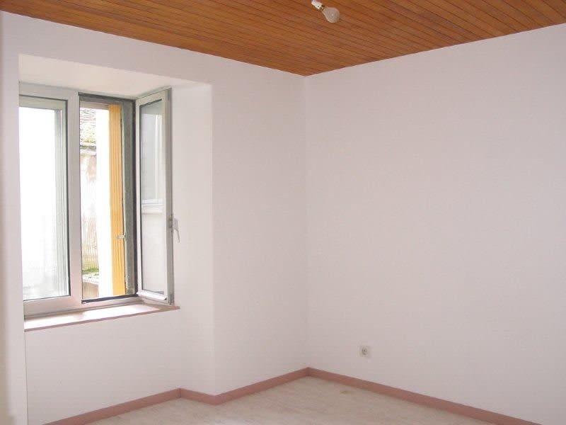 Sale apartment St agreve 39000€ - Picture 5