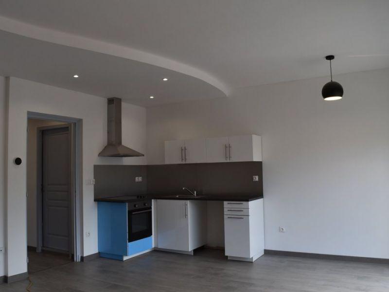 Sale apartment Le cheylard 108000€ - Picture 1