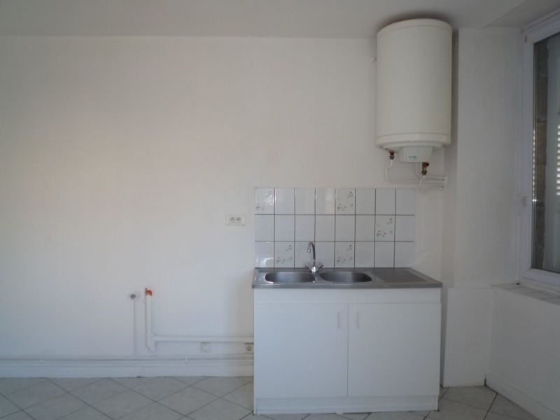 Location appartement Le chambon sur lignon 350€ CC - Photo 2