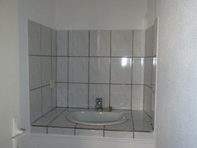 Location appartement Le chambon sur lignon 350€ CC - Photo 3