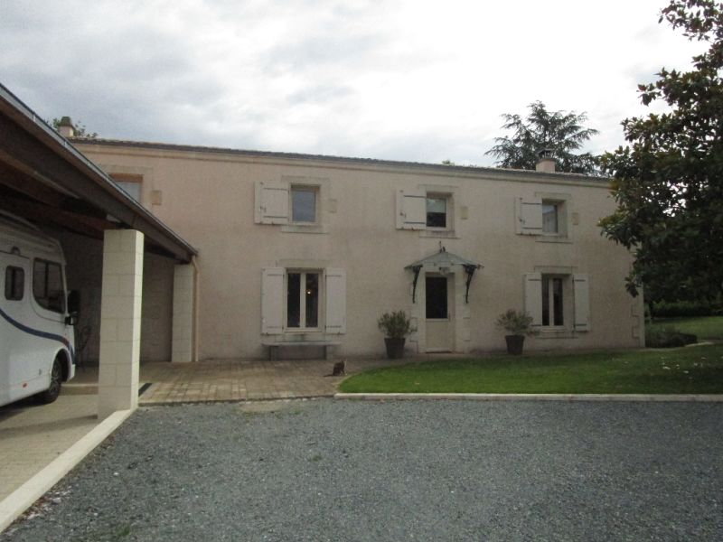Sale house / villa Germond rouvre 313900€ - Picture 1