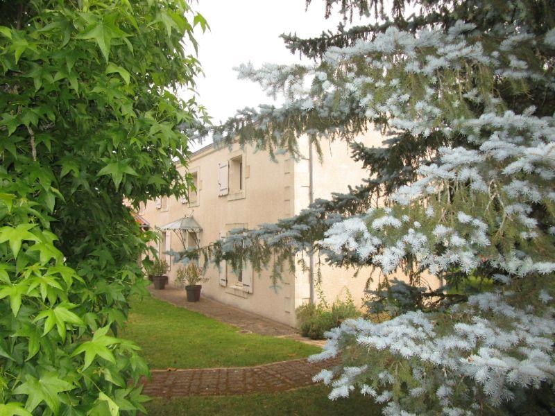 Sale house / villa Germond rouvre 313900€ - Picture 2