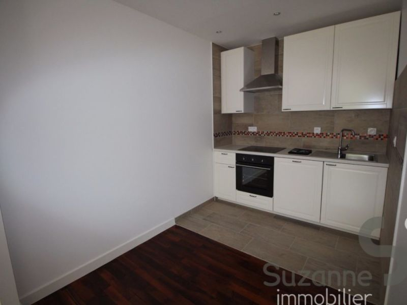 Location appartement Grenoble 817€ CC - Photo 3