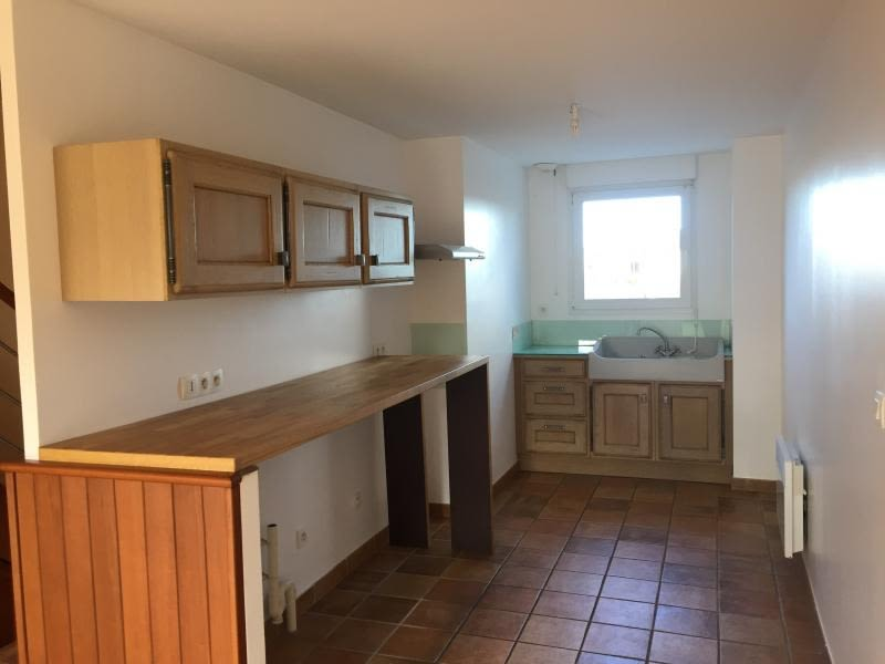 Location maison / villa Lannilis 535€ CC - Photo 2