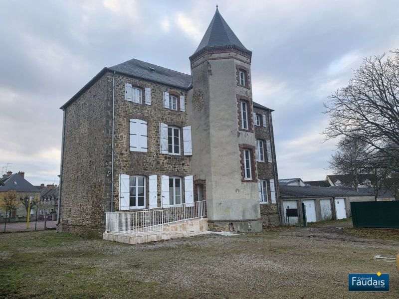 Sale building La haye du puits 371 000€ - Picture 1
