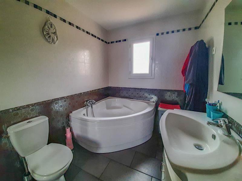 Vente maison / villa Uzes 347000€ - Photo 6