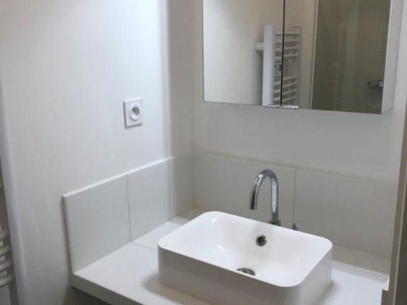 Rental apartment Lyon 2ème 920€ CC - Picture 5