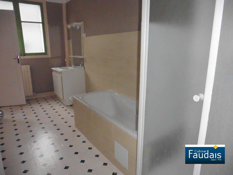 Sale apartment Coutances 129000€ - Picture 5