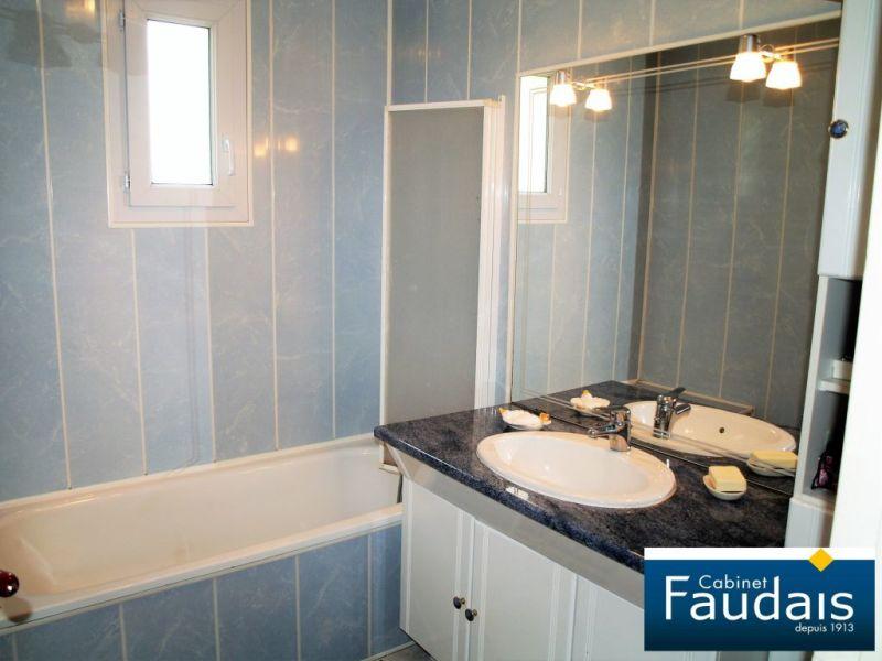 Sale house / villa La ronde haye 181000€ - Picture 7