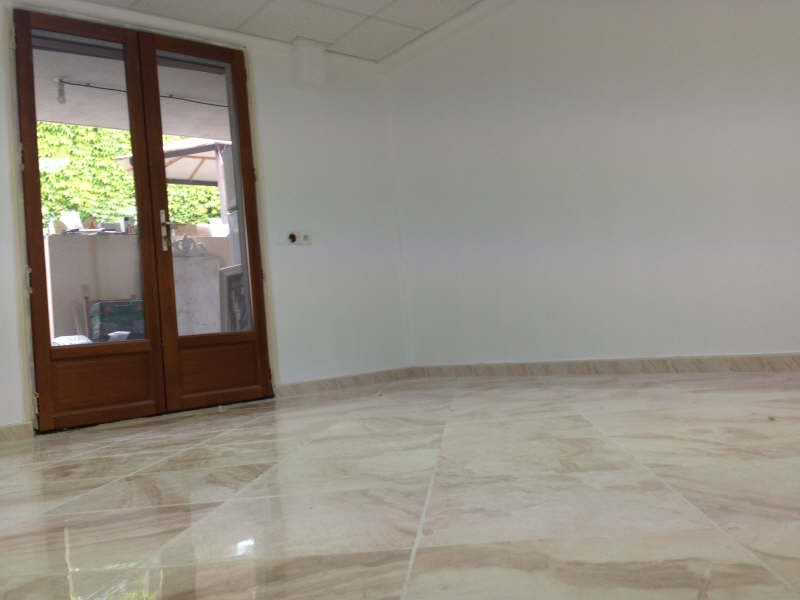 Rental empty room/storage Bobigny 435€ HC - Picture 1