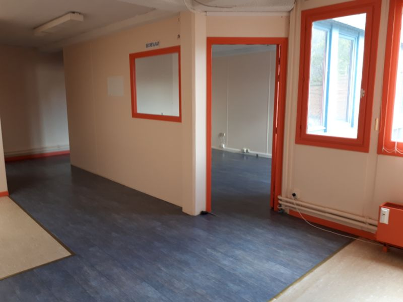 Location local commercial Saint omer 1200€ HC - Photo 2