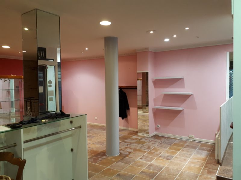 Location local commercial Saint omer 980€ HC - Photo 3