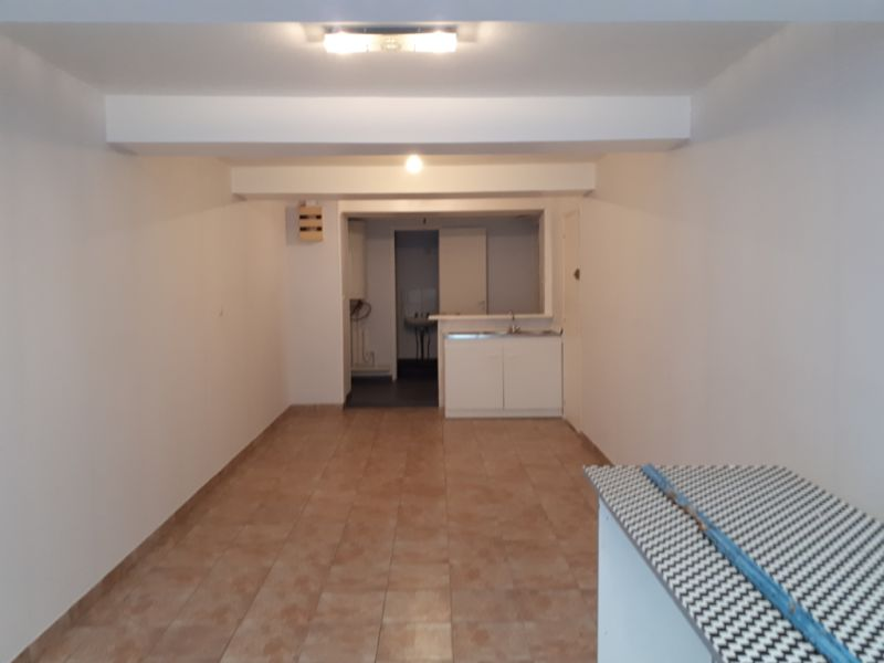 Rental empty room/storage Saint omer 340€ HC - Picture 2