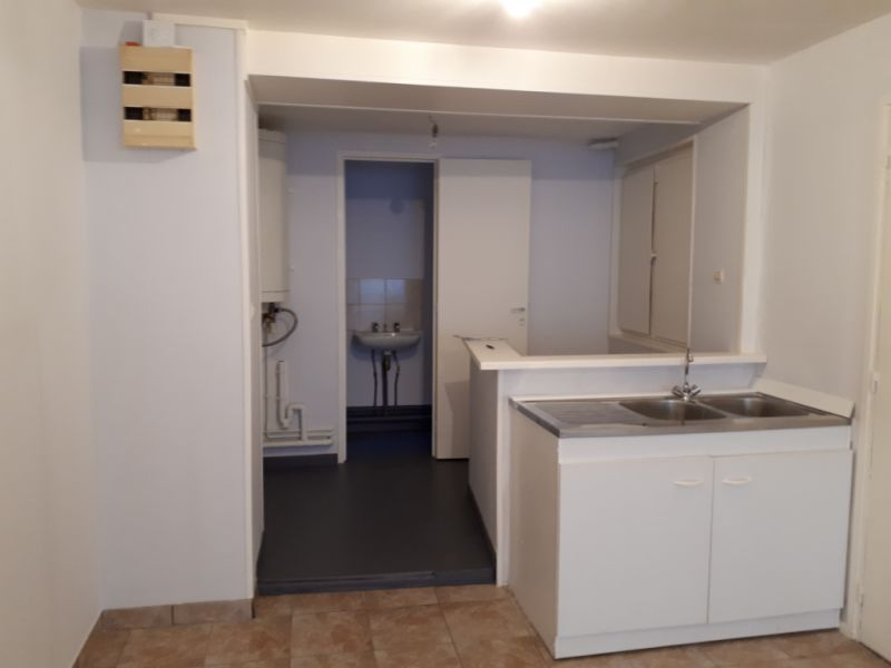 Rental empty room/storage Saint omer 340€ HC - Picture 4