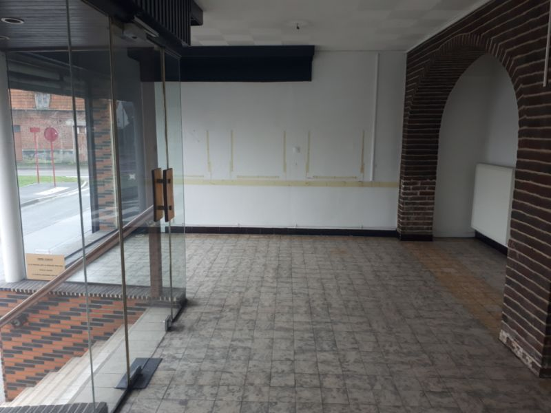 Location local commercial Wizernes 450€ CC - Photo 3
