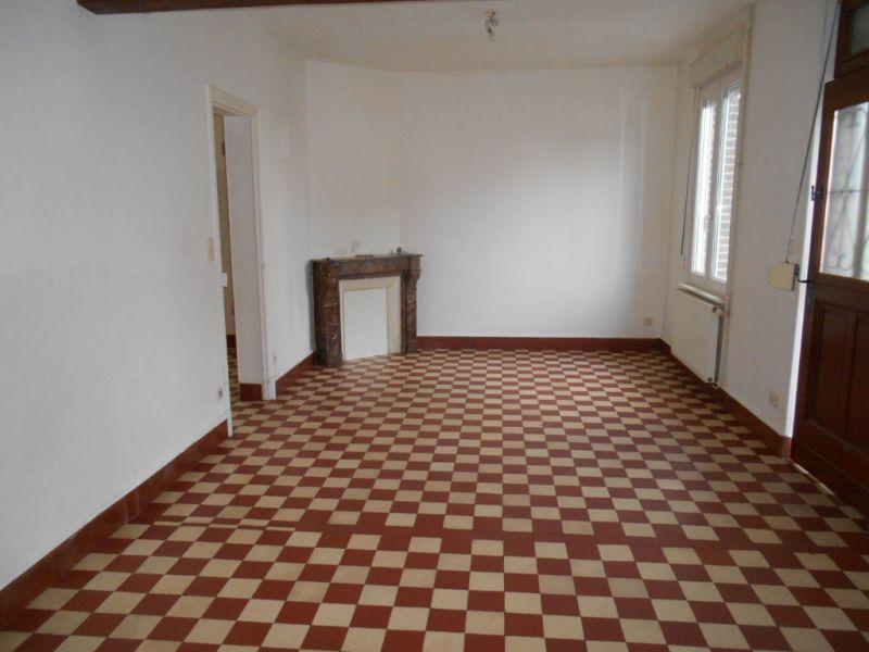 Location maison / villa Flavy le martel 526€ CC - Photo 3