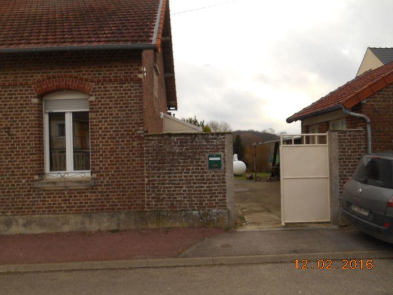 Location maison / villa Flavy le martel 526€ CC - Photo 7