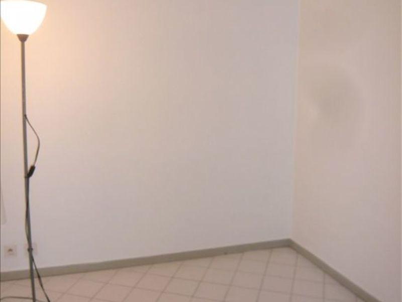Location appartement Aix en provence 604€ CC - Photo 3