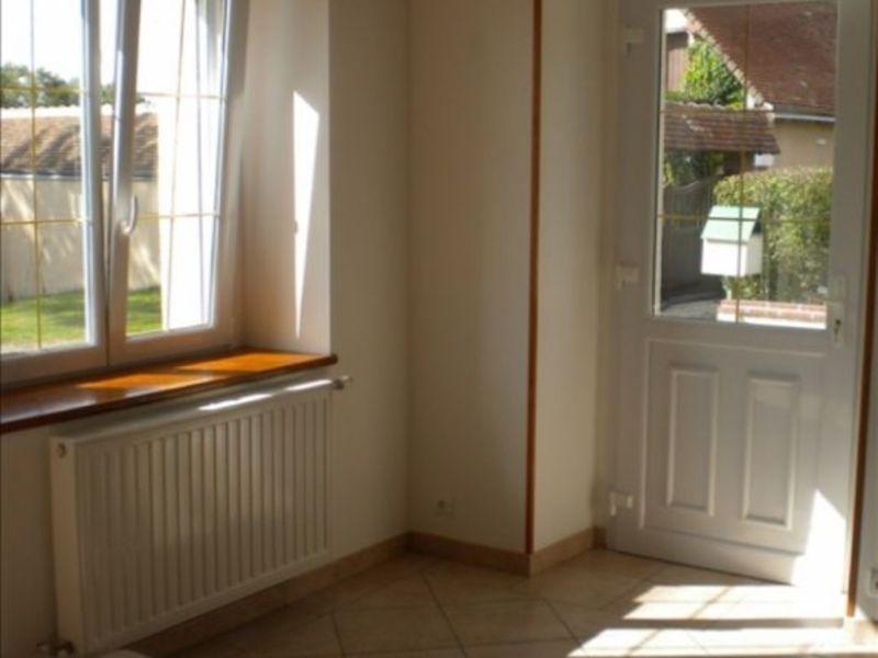 Location maison / villa St firmin des pres 675€ CC - Photo 4