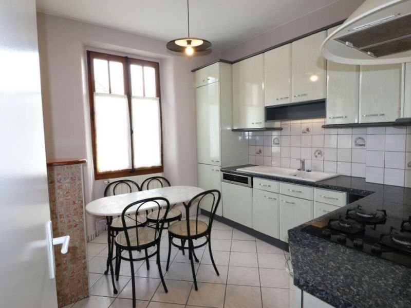 Rental apartment Annecy 1300€ CC - Picture 2