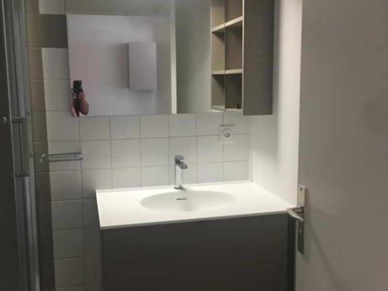 Location appartement Strasbourg 590€ CC - Photo 2