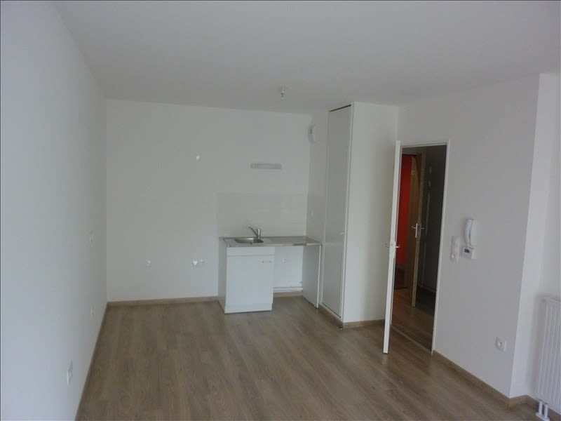Location appartement Caen 517€ CC - Photo 2