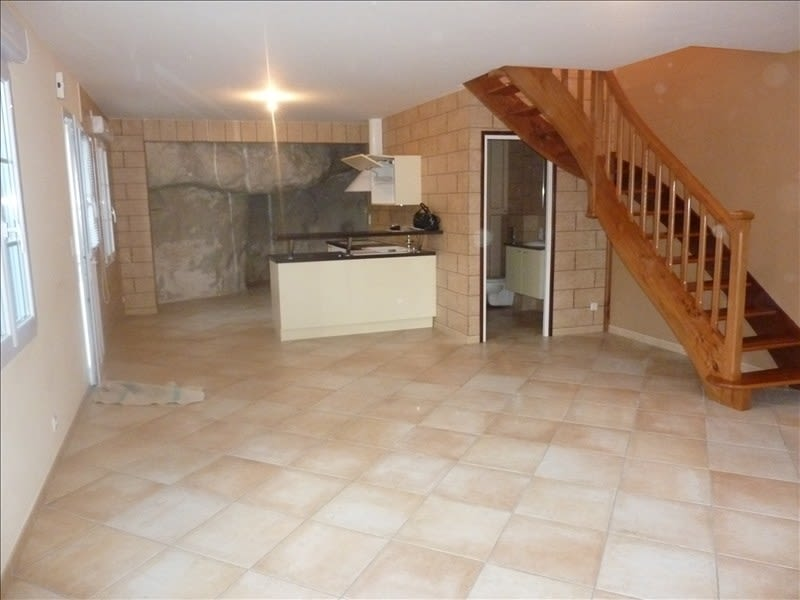 Location maison / villa St ouen 575€ CC - Photo 4