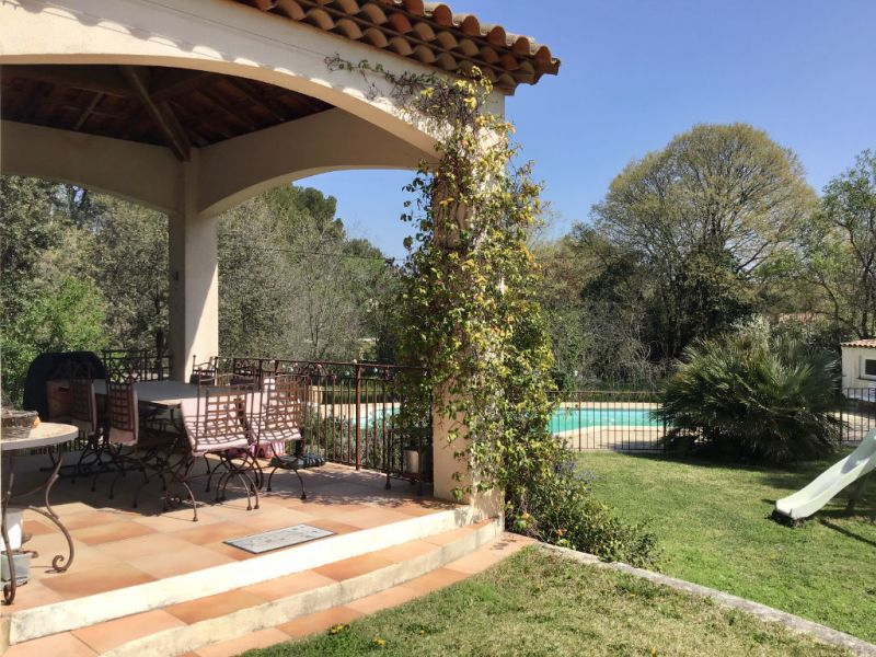 Vente maison / villa Cabries 720 000€ - Photo 1