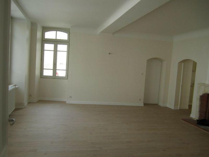 Rental house / villa Barbezieux-saint-hilaire 708€ CC - Picture 3