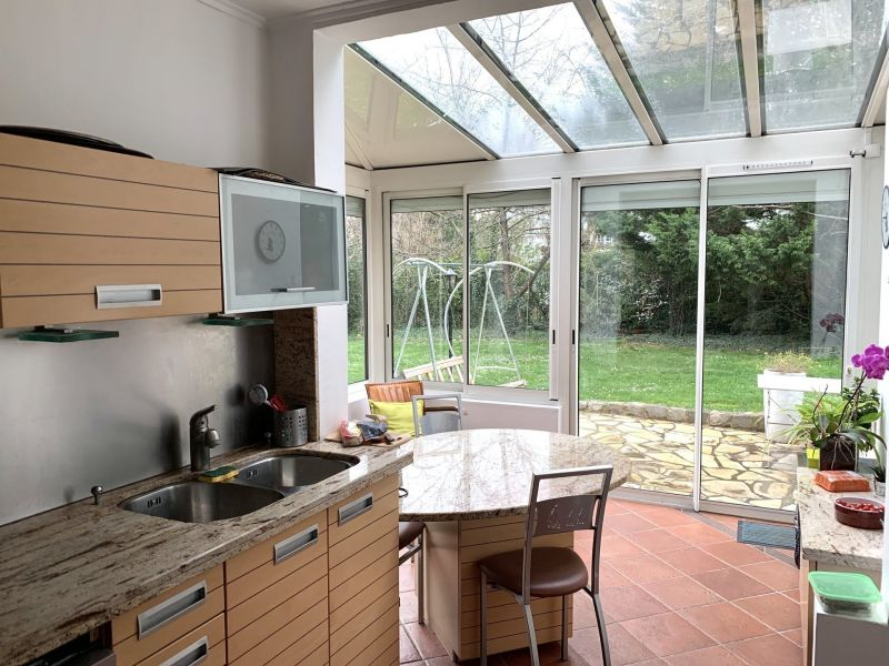 Sale house / villa Le raincy 650 000€ - Picture 5