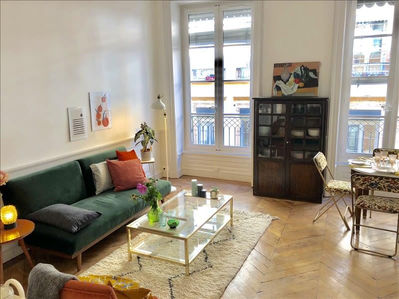 Rental apartment Lyon 01 890€ CC - Picture 2