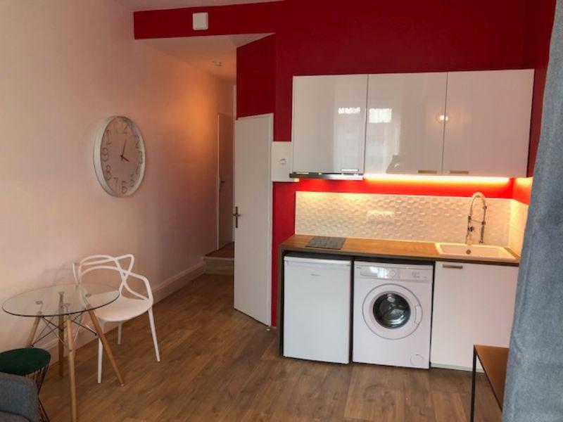 Rental apartment Lyon 6ème 690€ CC - Picture 2