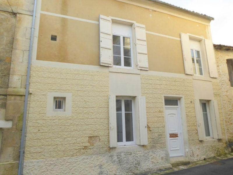Vente maison / villa Burie 112140€ - Photo 1