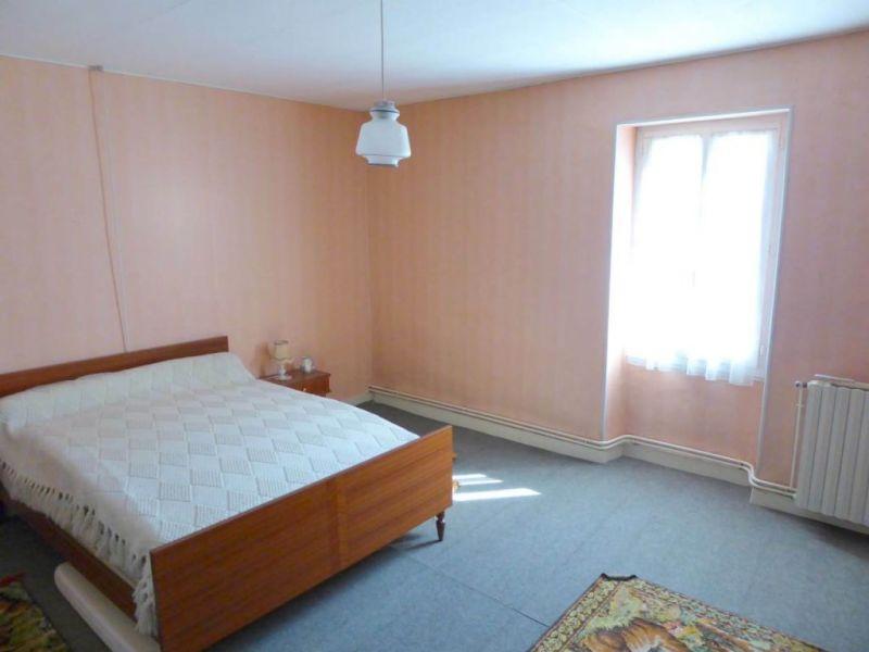 Sale house / villa Louzac-saint-andré 210000€ - Picture 9