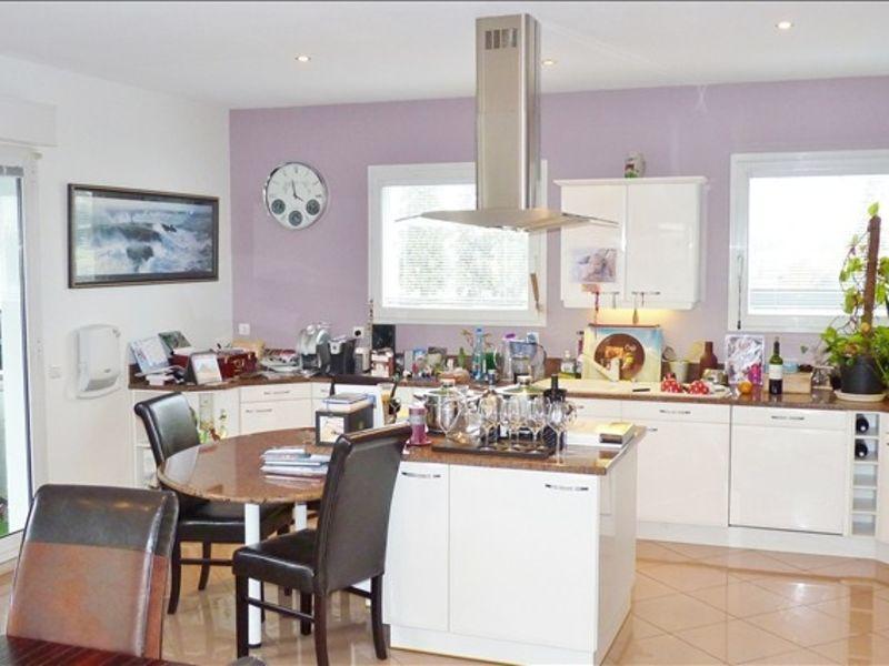 Sale apartment Pau 375000€ - Picture 3
