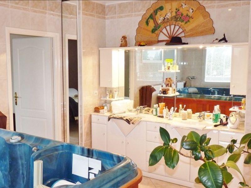 Sale apartment Pau 375000€ - Picture 4