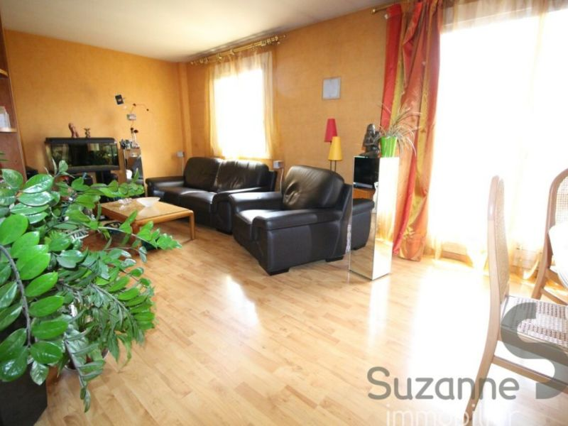 Sale apartment Grenoble 105000€ - Picture 3
