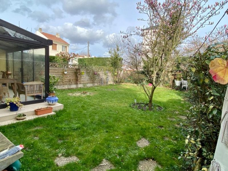 Sale house / villa Houilles 700 000€ - Picture 1