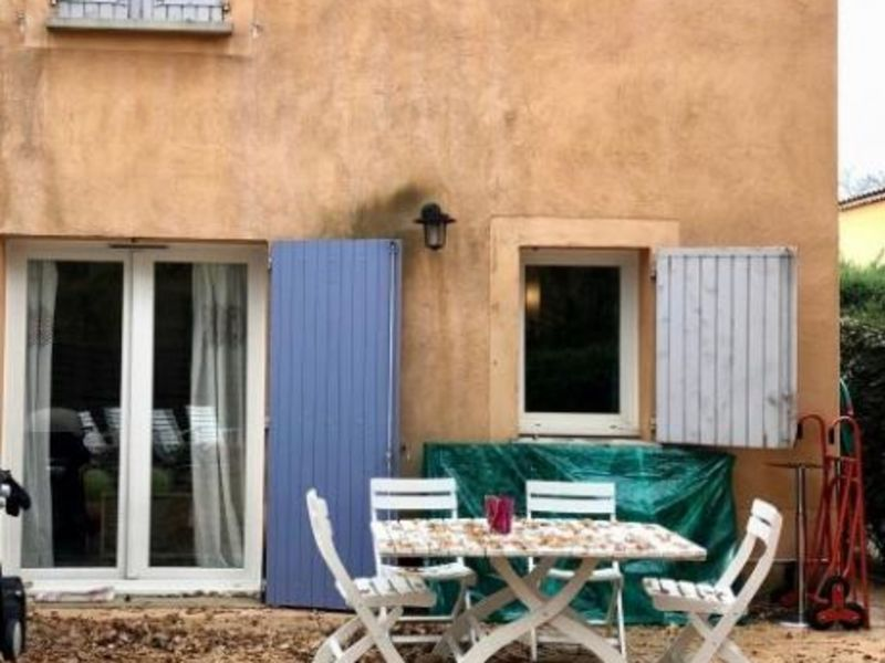 Location maison / villa Chateauneuf le rouge 1300€ CC - Photo 1