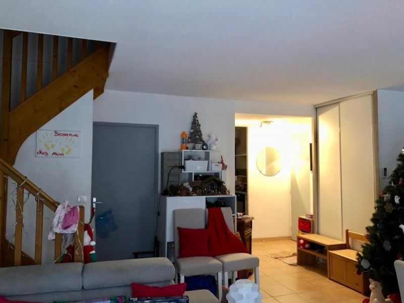 Location maison / villa Chateauneuf le rouge 1300€ CC - Photo 3