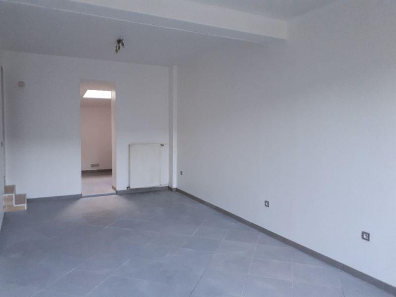 Rental house / villa Saint quentin 495€ CC - Picture 3