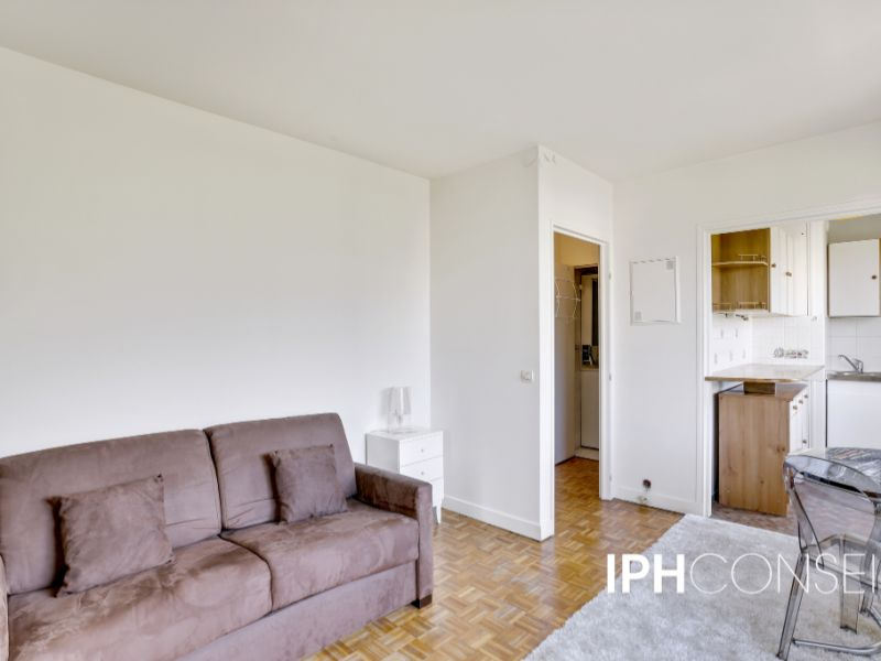 Sale apartment Courbevoie 192 000€ - Picture 3