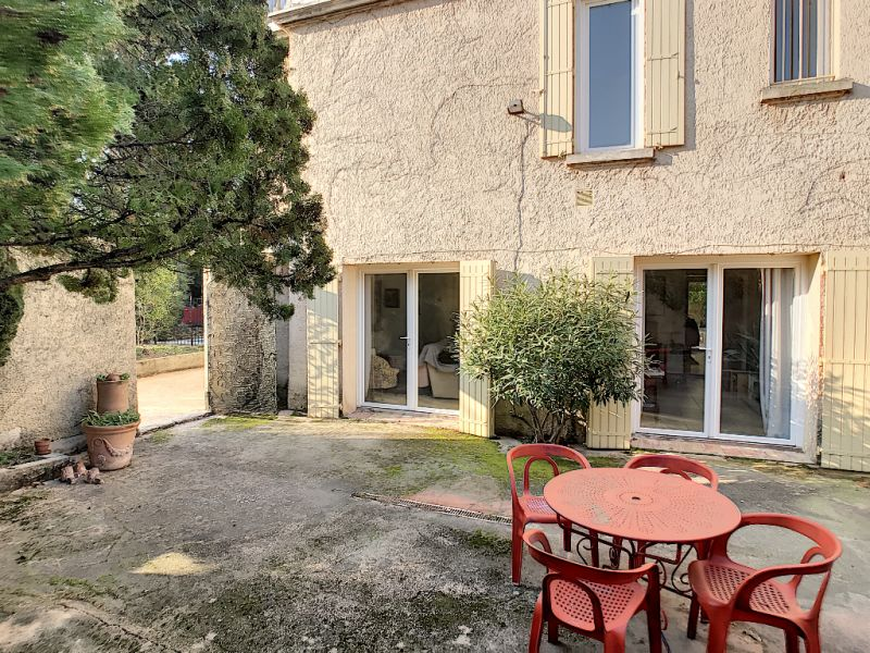 Sale house / villa Carpentras 399000€ - Picture 3