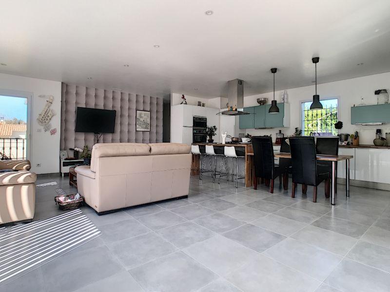 Sale house / villa Velleron 420000€ - Picture 11