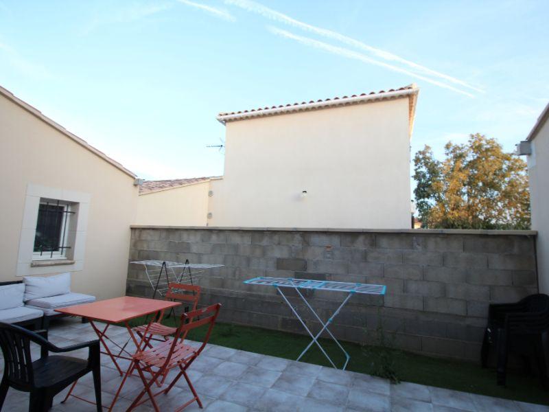 Sale house / villa Carpentras 249000€ - Picture 2